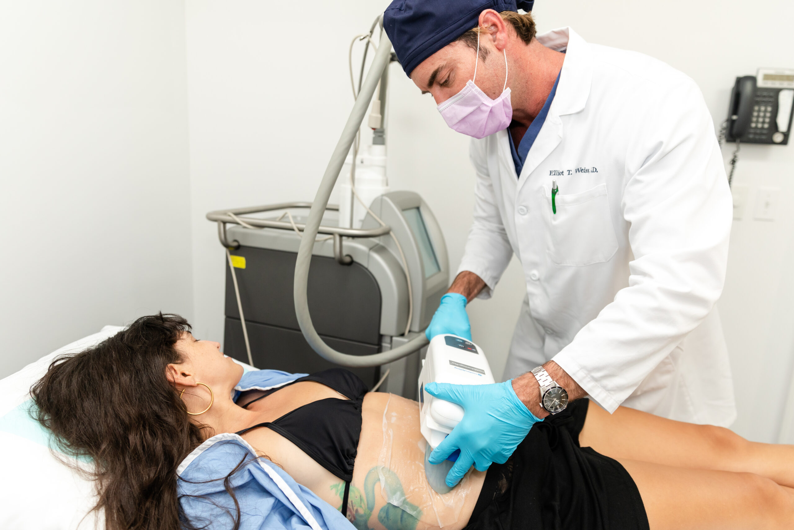 patient undergoing a CoolSculpting treatment for body contouring in Southampton, NY
